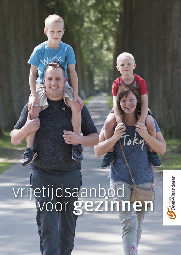 cover brochure vrijetijdsaanbod voor gezinnen