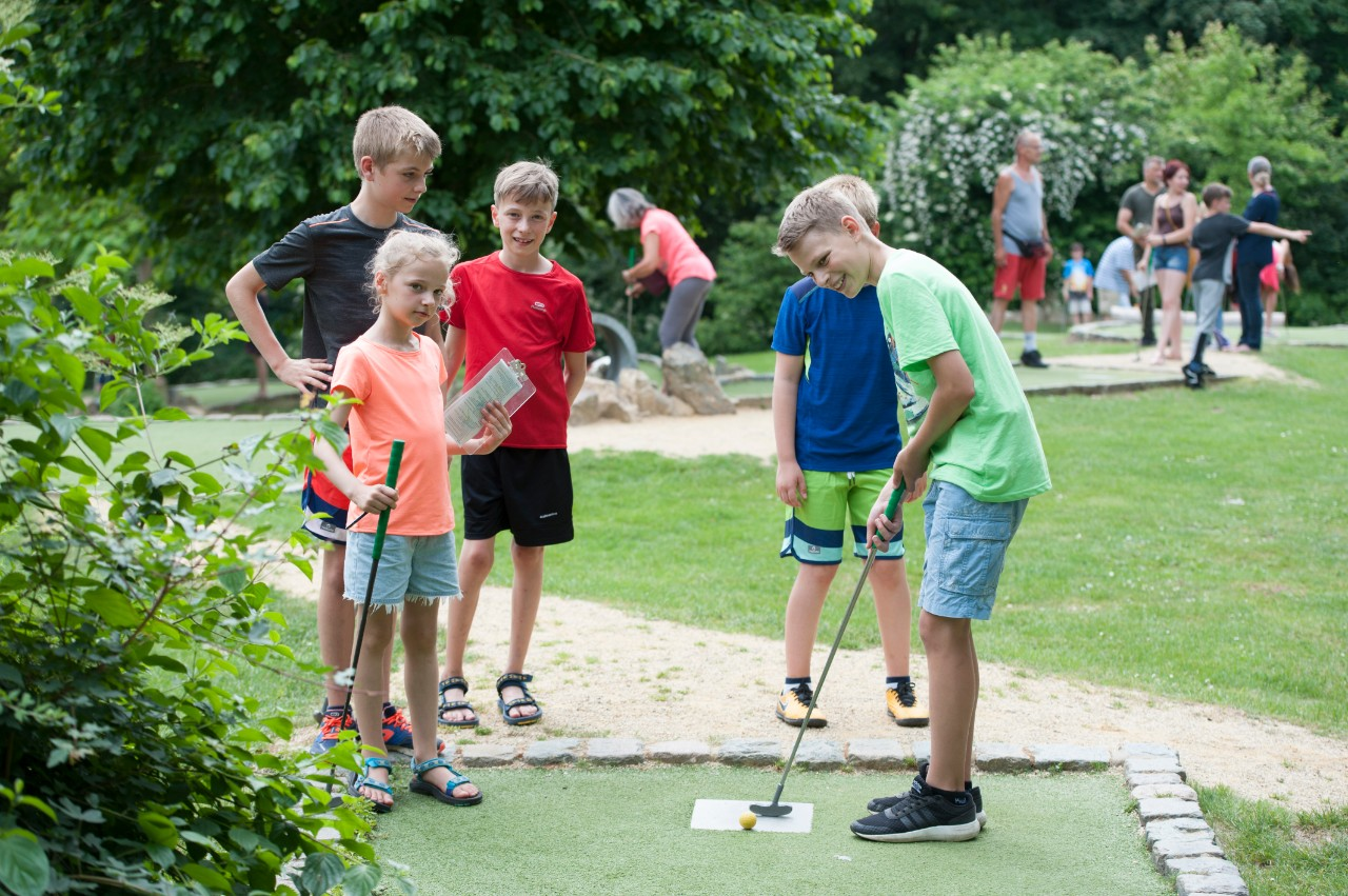 minigolfen in de gavers in geraardsbergen